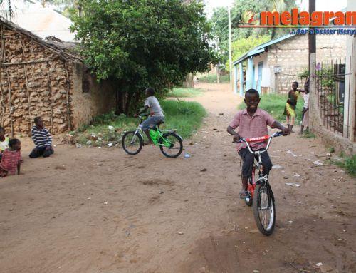 Maxwell e Morris, il loro desiderio. Le biciclette. La loro felicità. La nostra felicità.