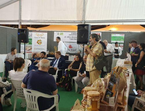 Roberto Malinconico presenta il Coordinamento Regione Campania Rete Fattorie Sociali alla Fiera di Teano